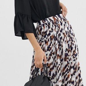 ASOS Vero Moda Pleated Animal Print Skirt Size:XS